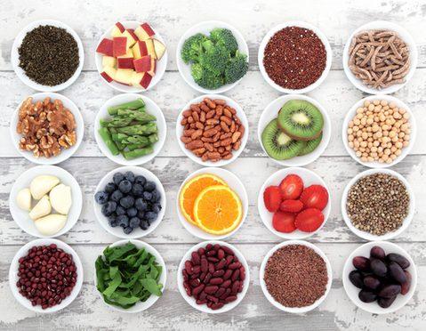 Mineralstoffe gesunde Ernährung, (c) Depositphotos @marilyna