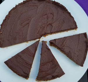 Rohköstlicher Schokoladen-Kuchen