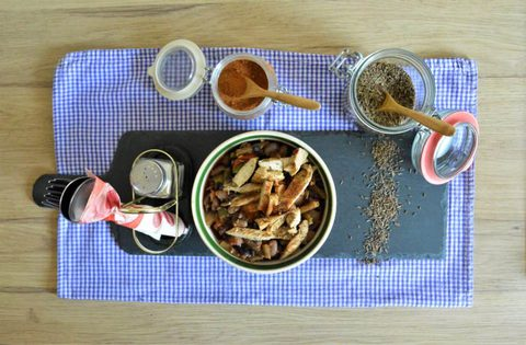 Sommerliches Paprikagemüse mit Bohnen und Putenbruststreifen