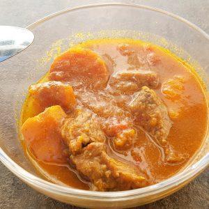 Curry Kürbis- Rindfleisch Topf