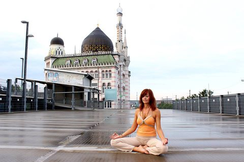 Wie kann ich mit Yoga meinen Darm unterstützen