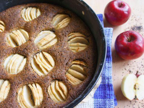 Mohn-Apfel Kuchen mit Leinsamen