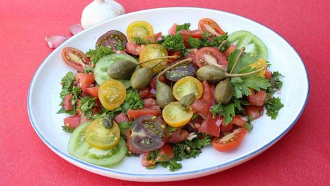 tomatensalat mit kapern