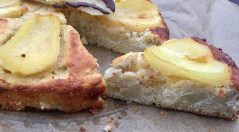Saftiger Kokos-Birnenkuchen