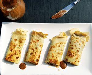 Maniok Pfannkuchen mit selbstgemachter Nuss-Nougatcreme